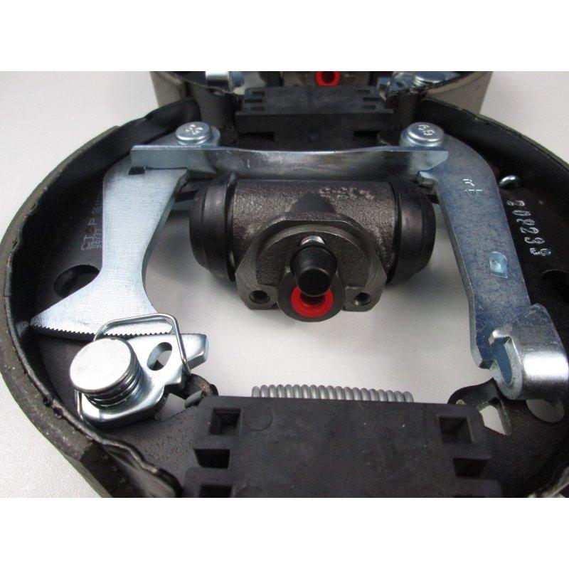kit frein ar moteur cleon retro4l pi ces d tach es de 4l. Black Bedroom Furniture Sets. Home Design Ideas