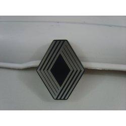 Emblème de Calandre Alu R4